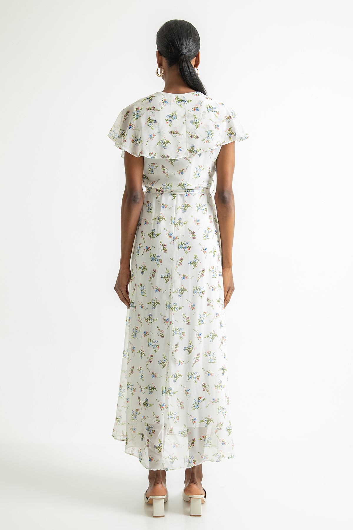 Çiçek Desen Uzun Şifon Elbise-Ekru