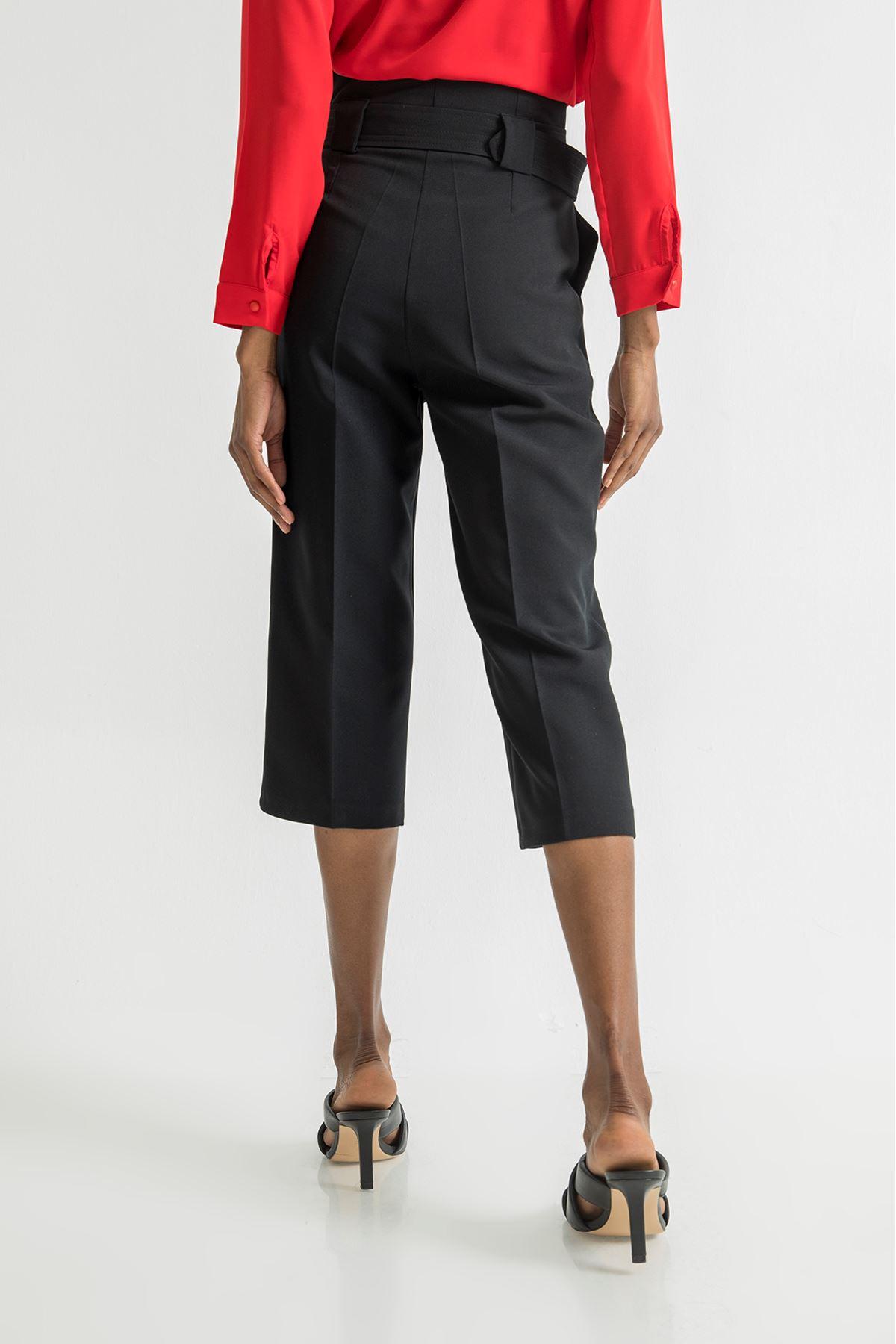 Geniş Paça Kısa Pantolon-Siyah