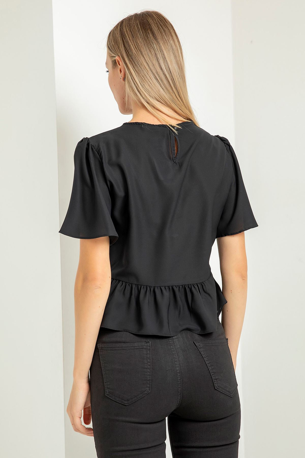 Fırfır Detay Bluz-Siyah