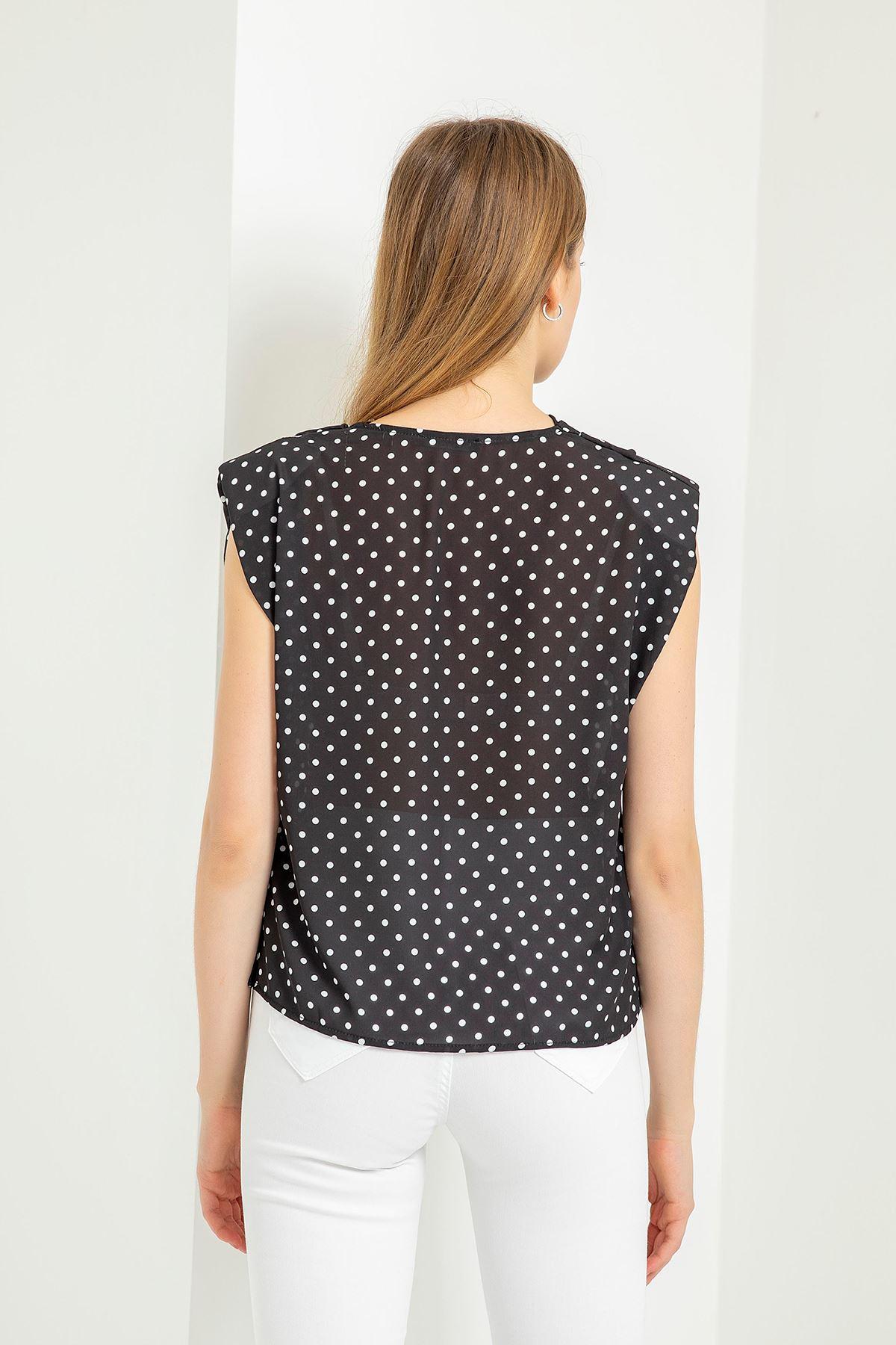 Puantiye Desen Vatkalı Bluz-Siyah