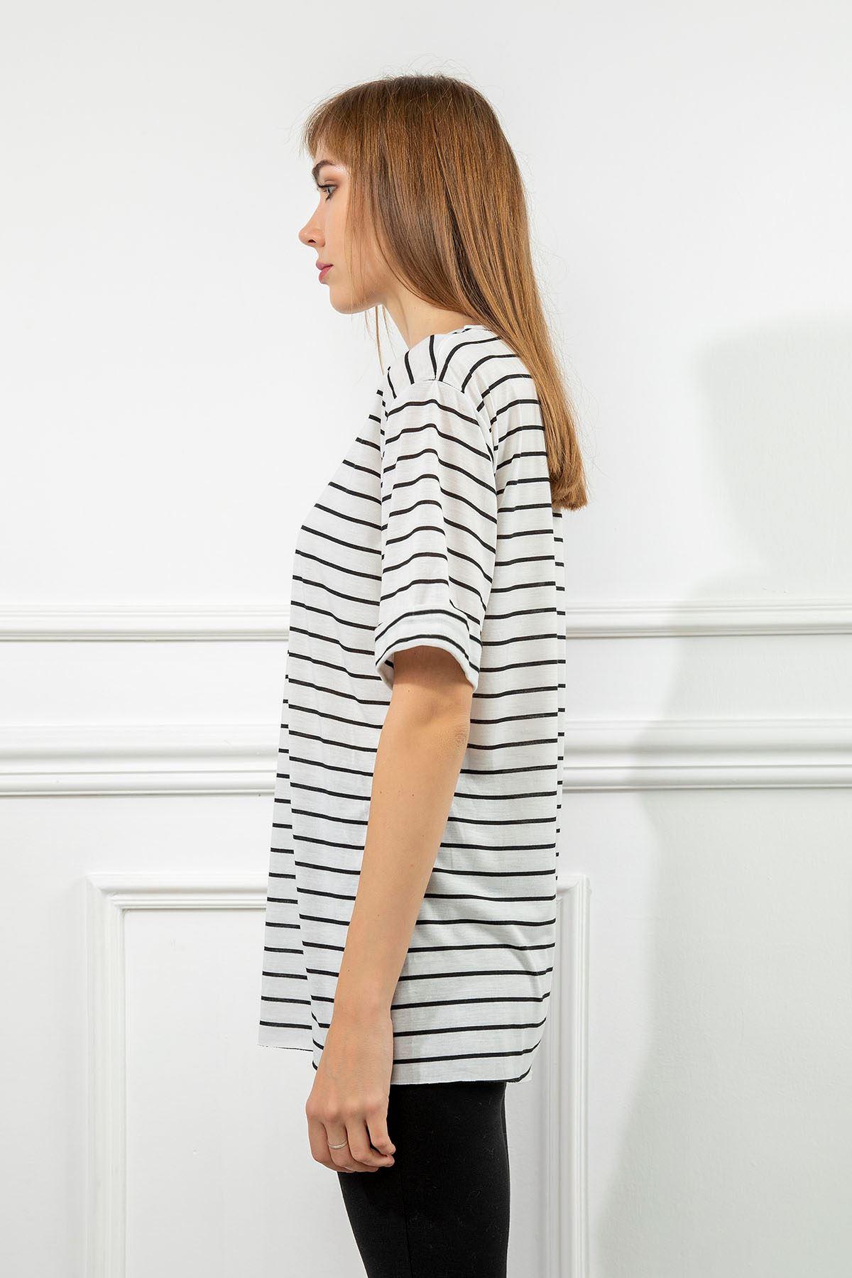 Çizgi Desen T-Shirt-Beyaz
