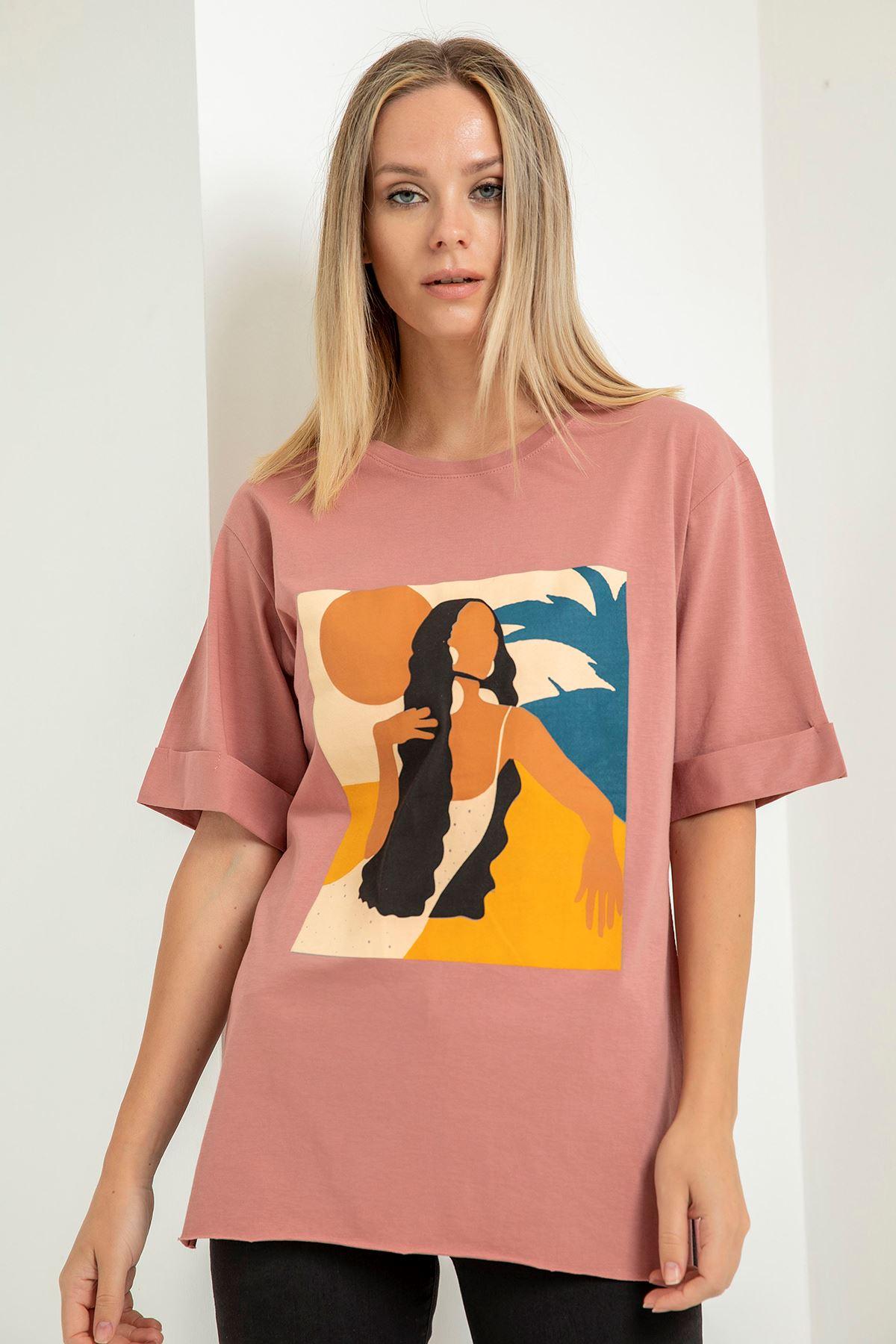 Uzun Saçlı Kız Baskılı T-Shirt-Gül Kurusu