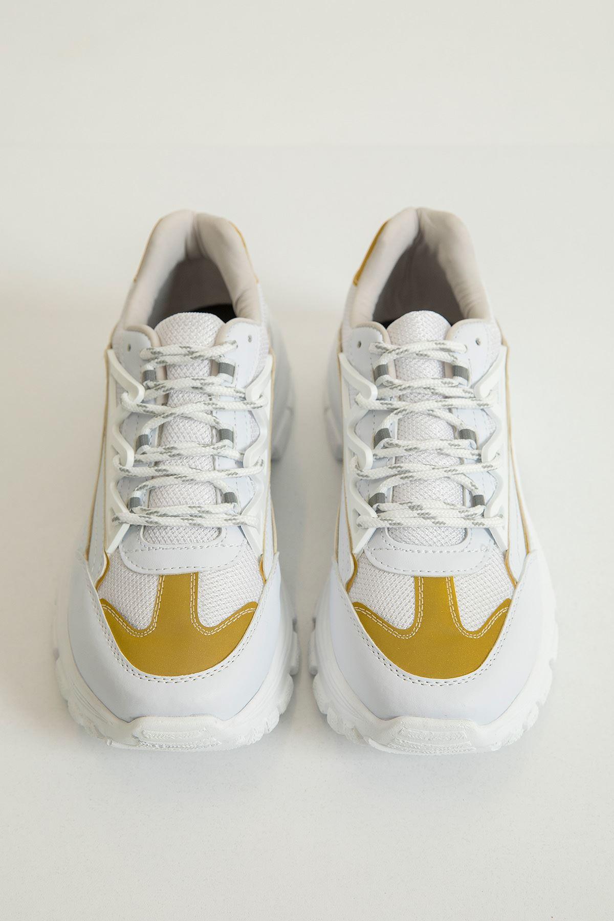 Parlak Detay Spor Ayakkabı-Hardal