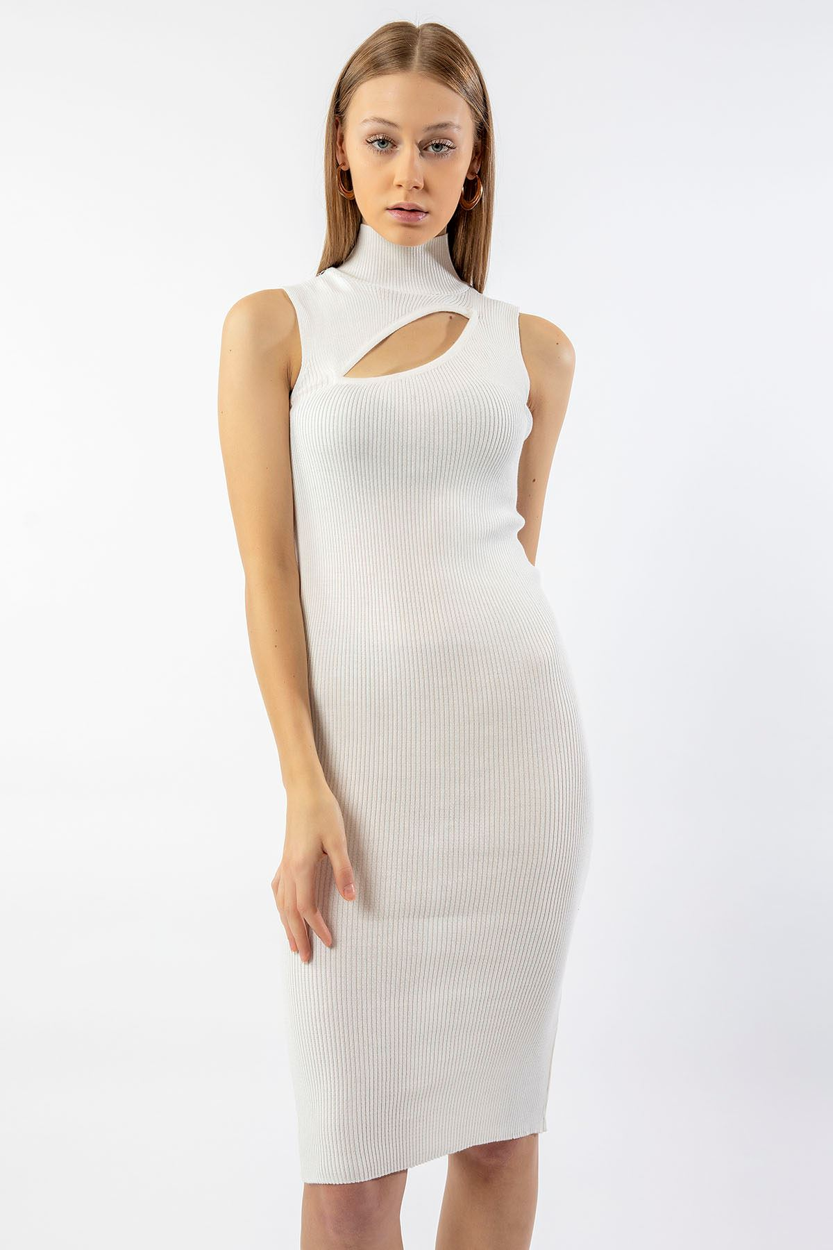 Ön Detay Triko Elbise-Beyaz