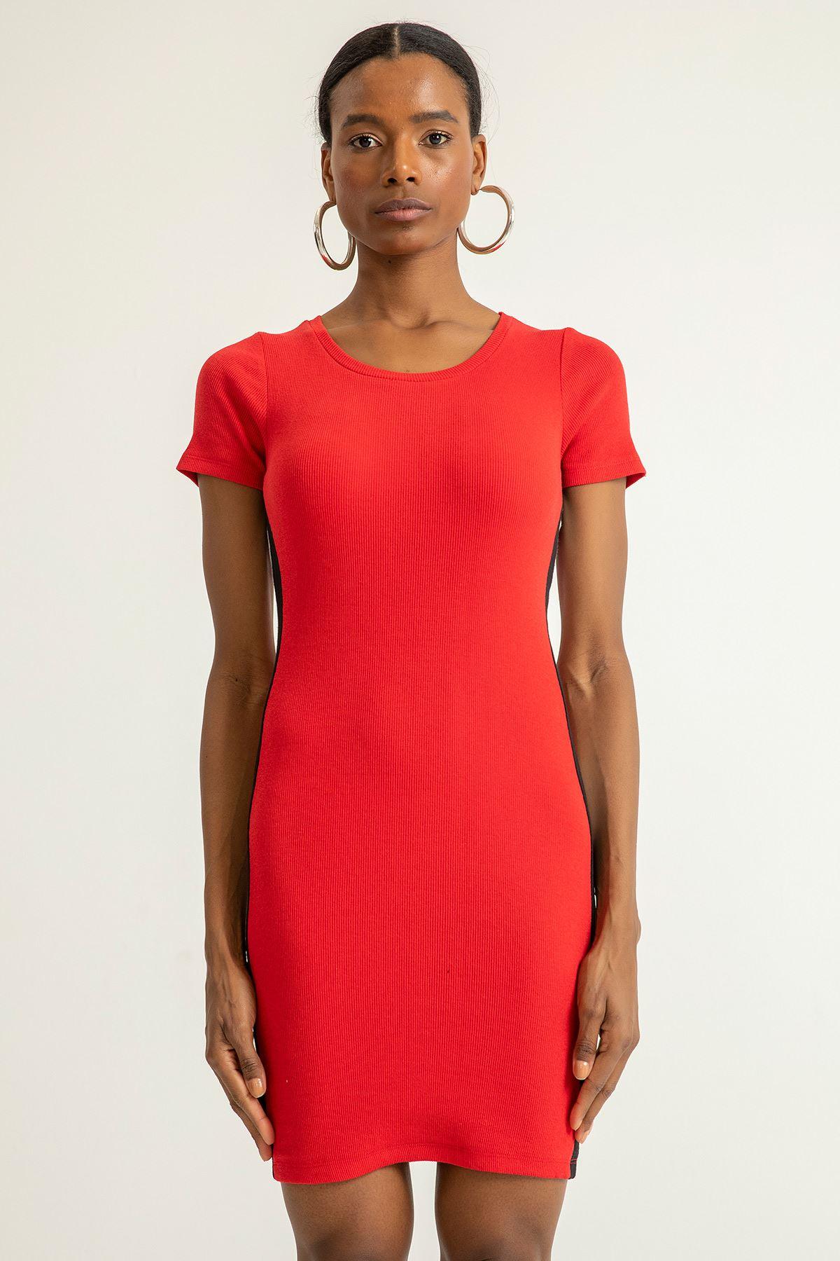 Yanı Şeritli Kaşkorse Elbise-Kırmızı