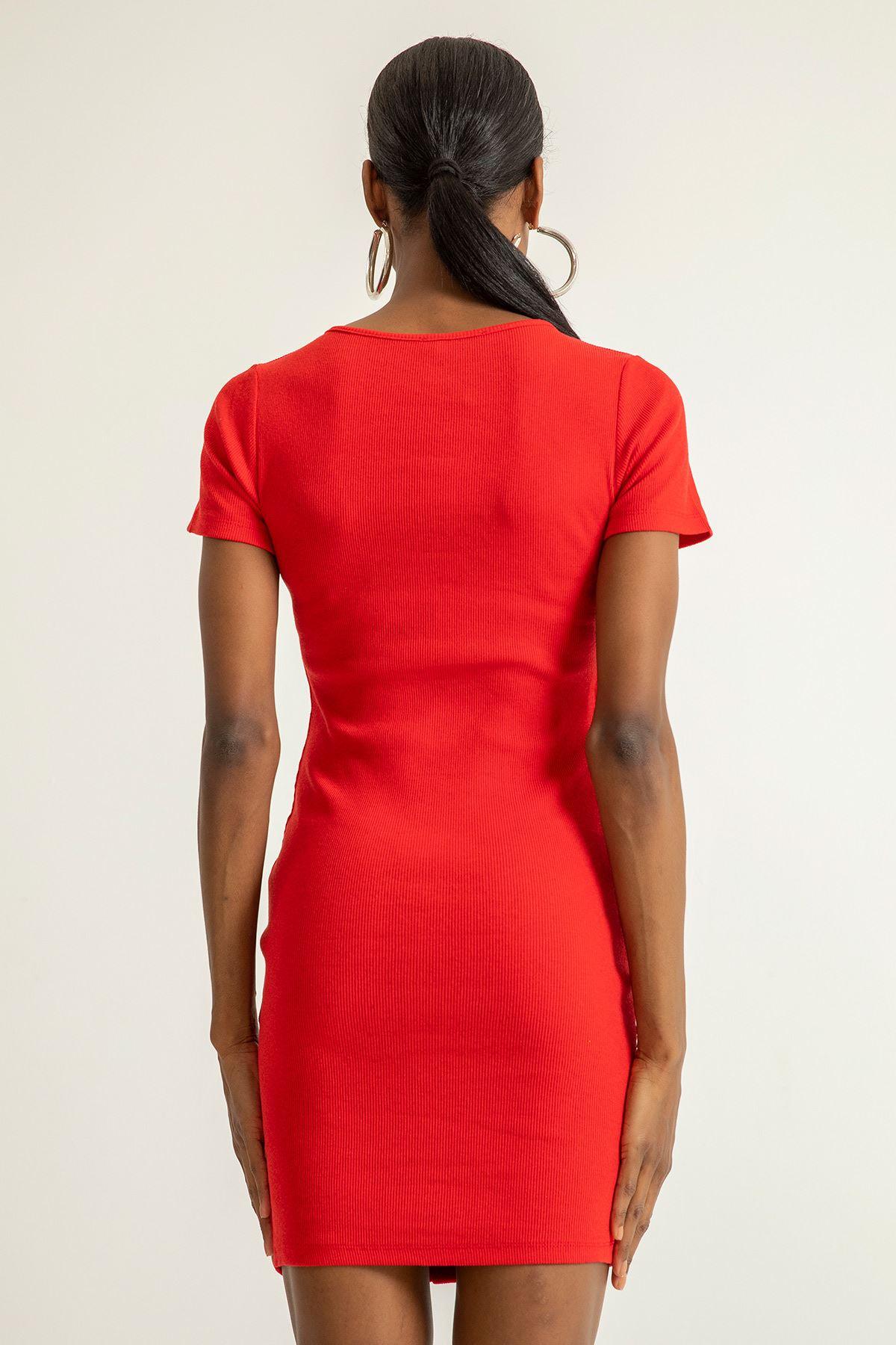 Düğme Detay Kaşkorse Elbise-Kırmızı