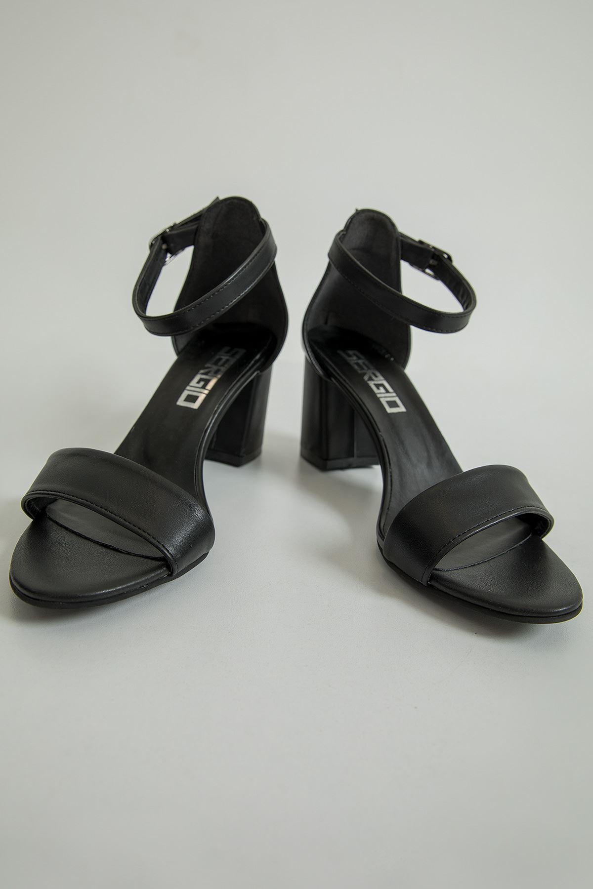 Tek Bant Topuklu Ayakkabı-Siyah