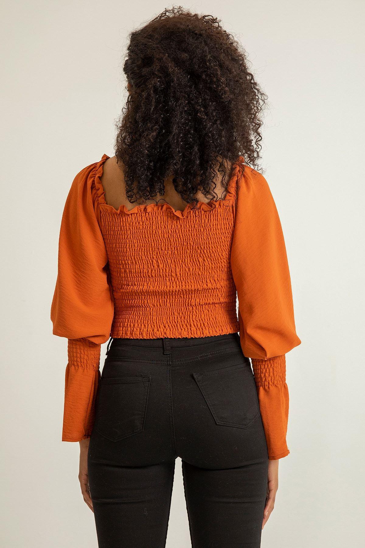 Önü Gipeli Kol Detay Bluz-Kiremit