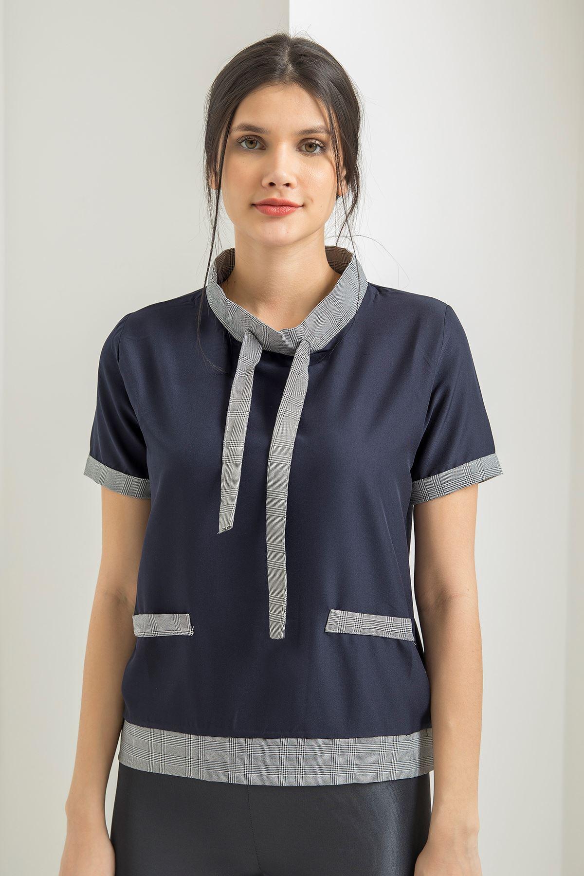 Ekose Detay T-shirt-Lacivert