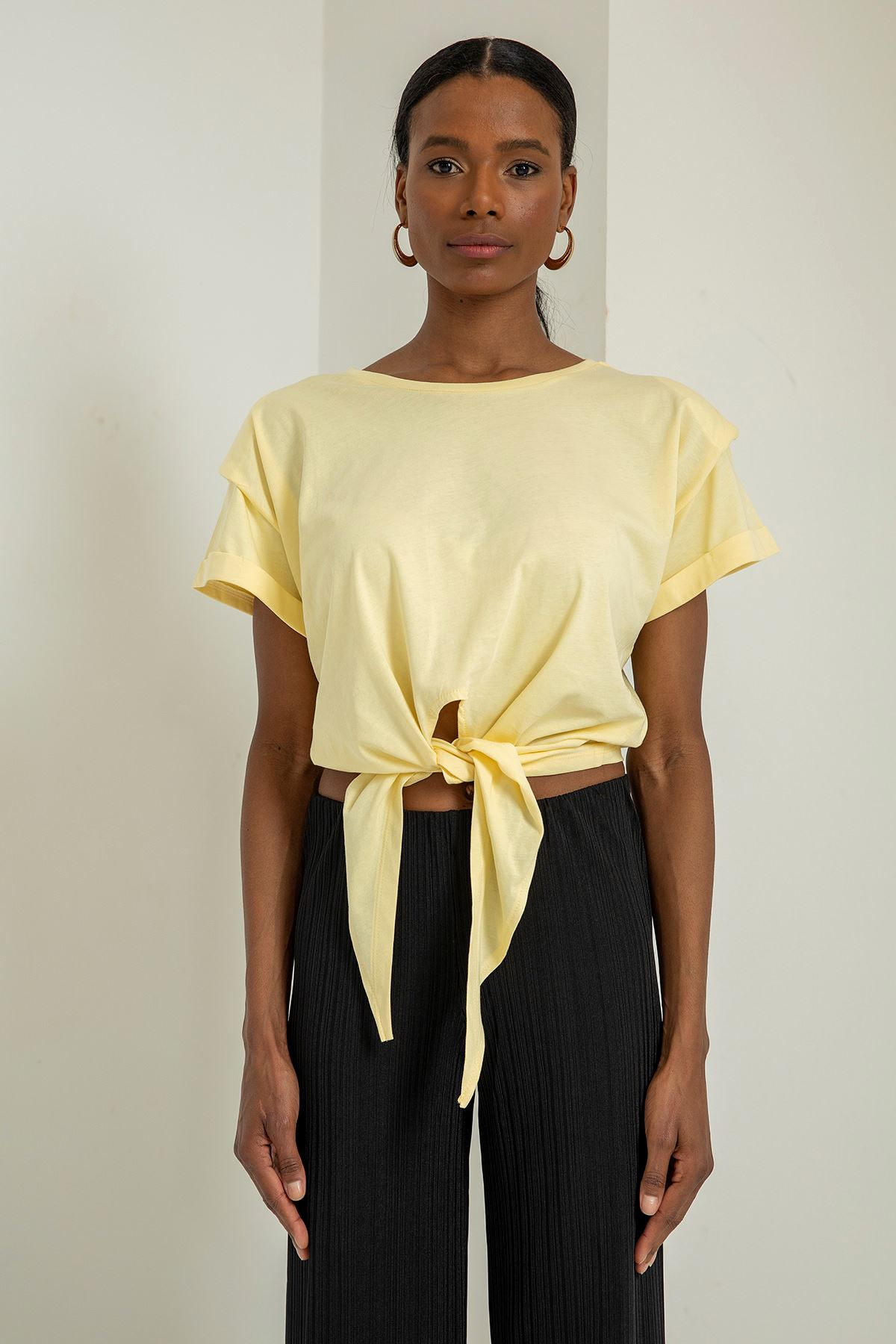 Vatkalı Kısa Kol T-shirt-Sarı