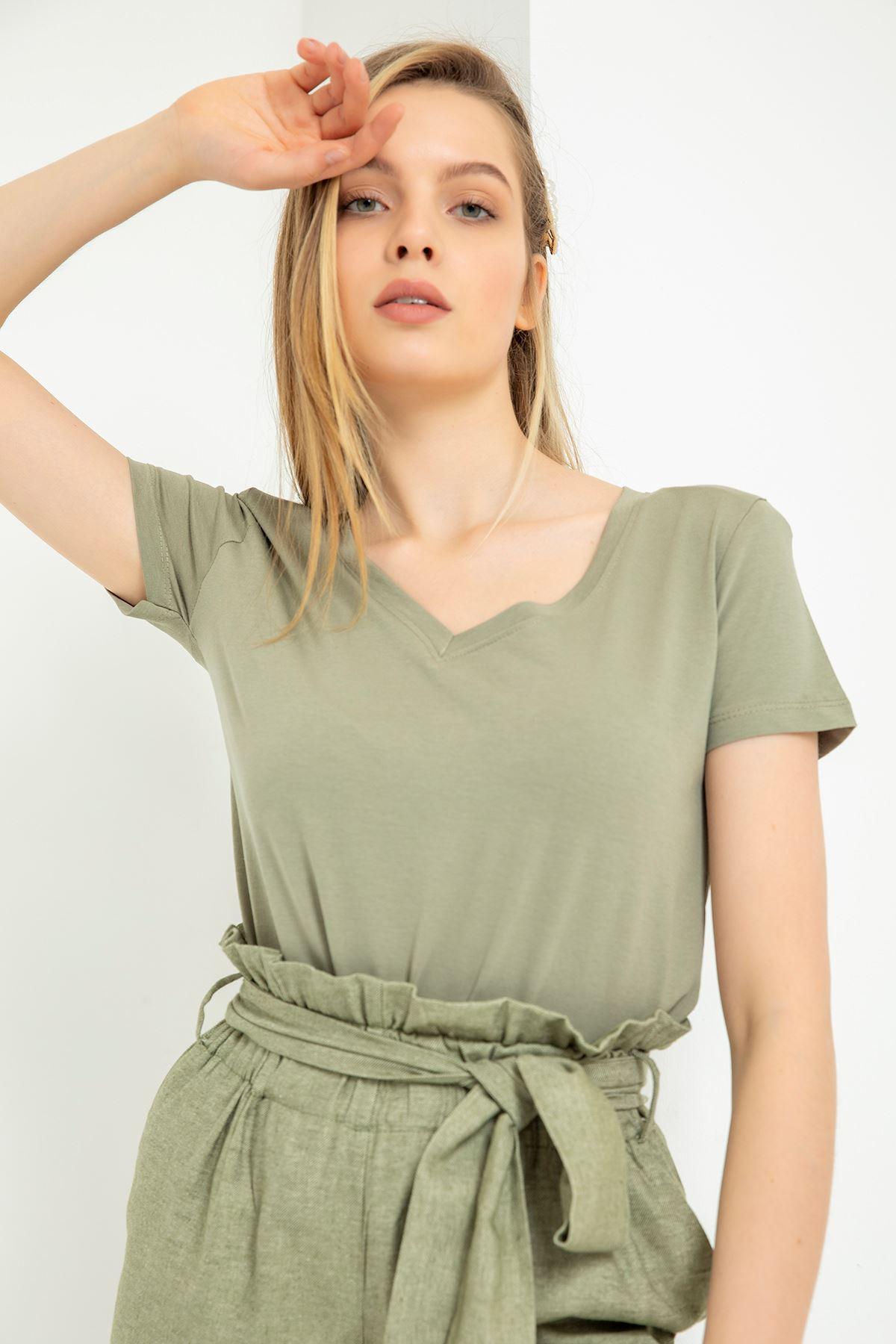 V Yaka Vatkalı T-Shirt-Haki