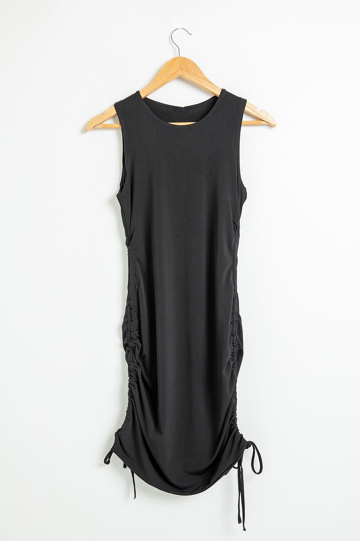 Yanları Büzgülü Kalın Askılı Elbise-Siyah