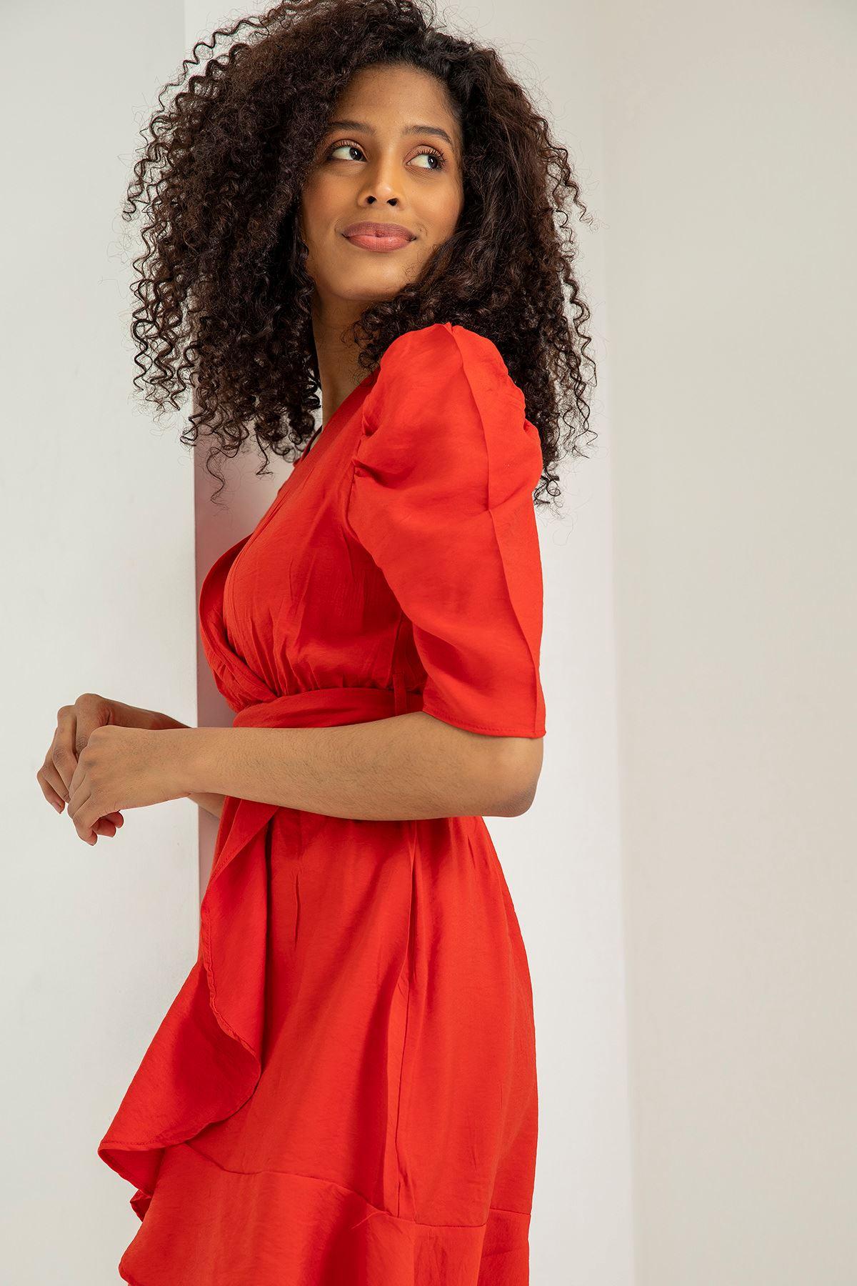 Kuşaklı Volan Detay Elbise-Kırmızı