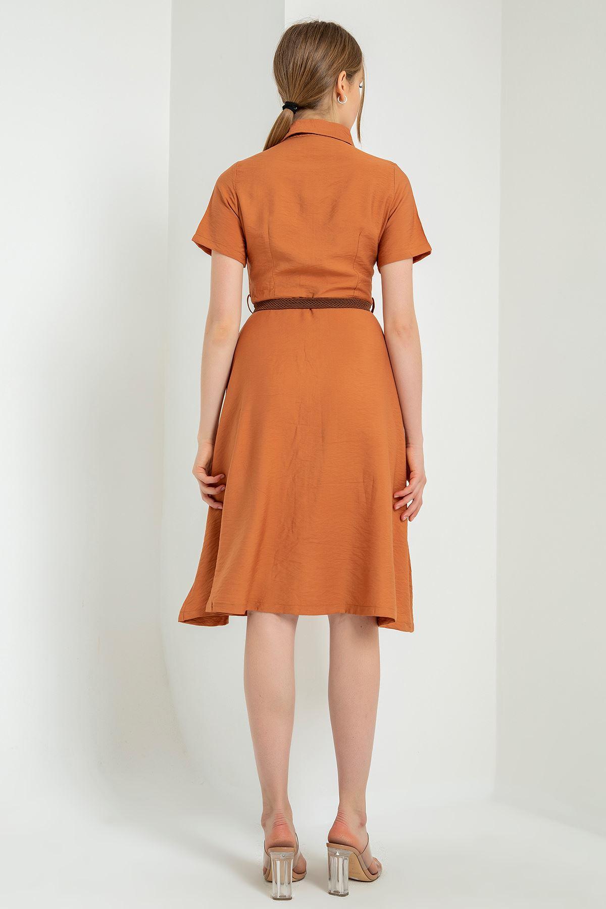Kısa Kollu Kemerli Elbise-Soğan