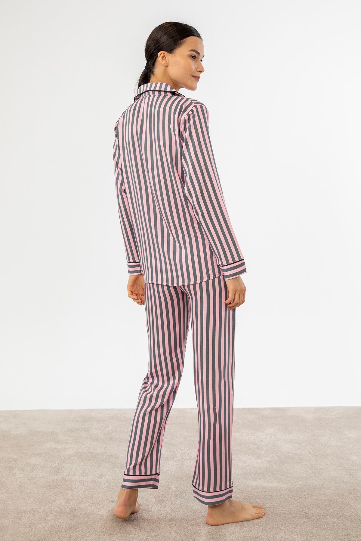Çizgili Cepli Pijama Takım-Pudra