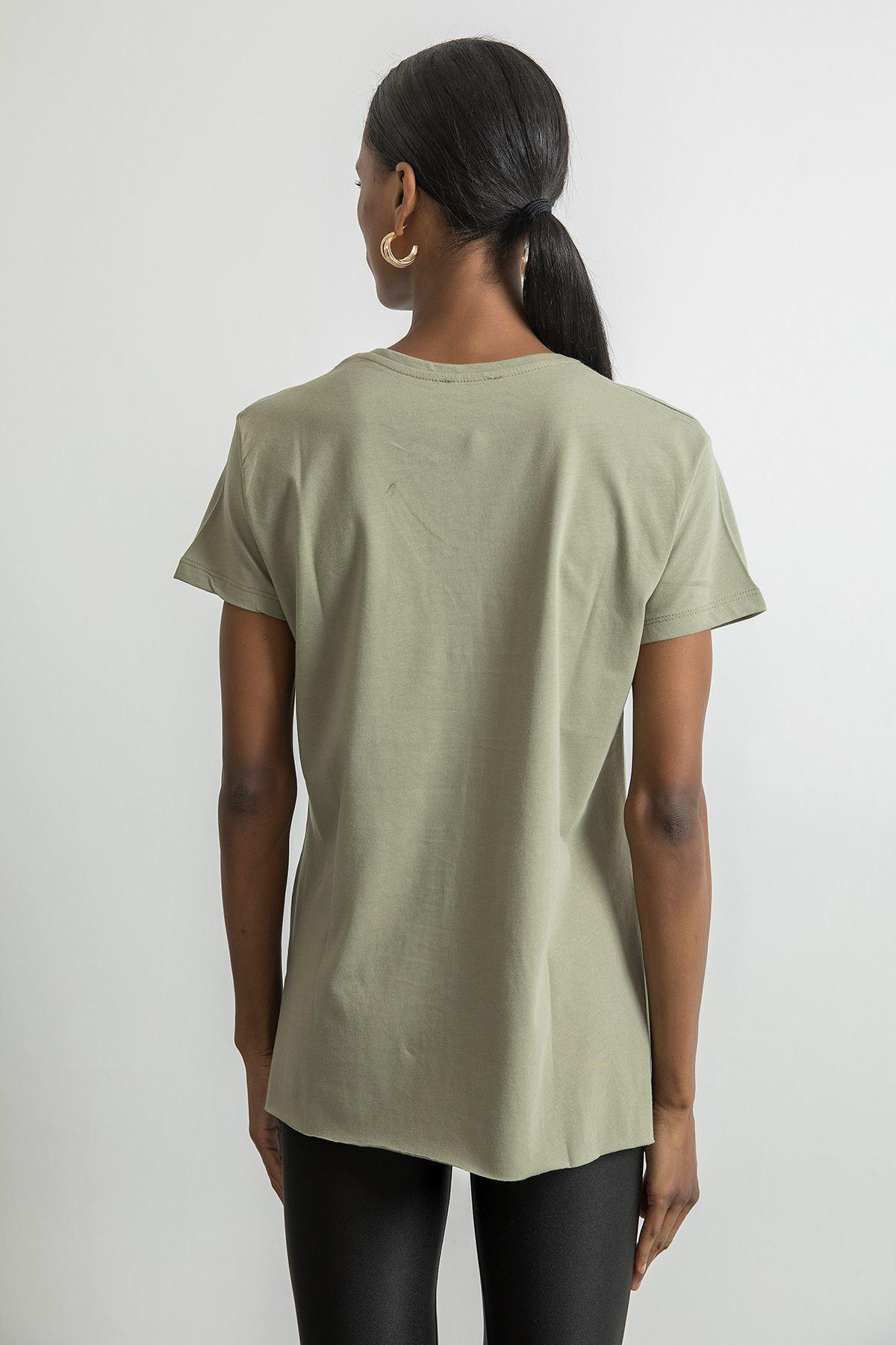 V Yaka Basic T-shirt-Haki