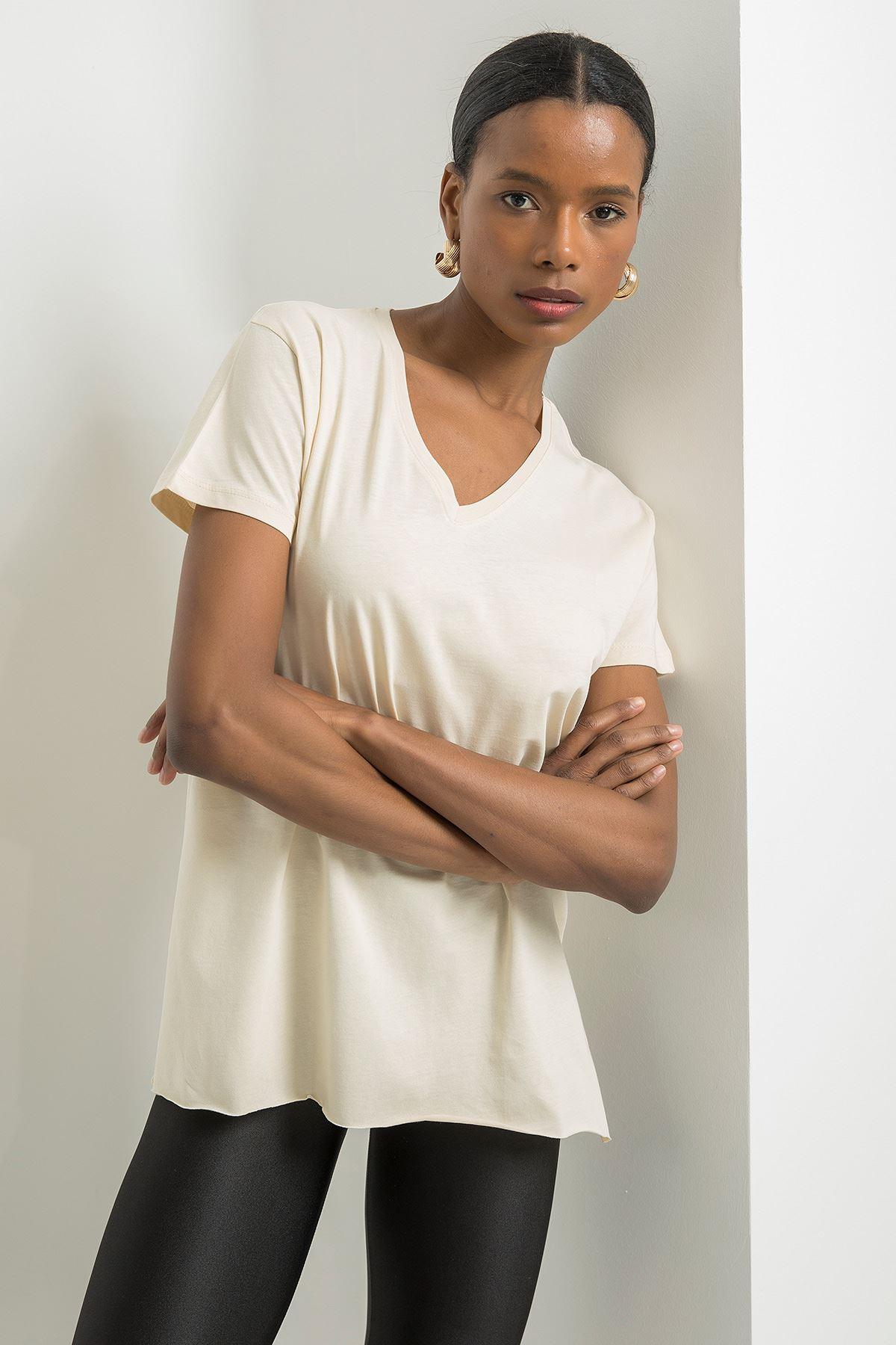 V Yaka Basic T-shirt-Bej