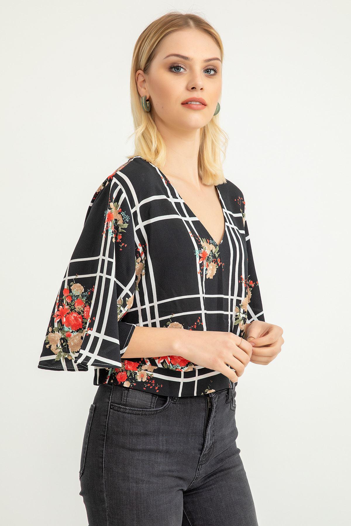 Çiçek Desen Ekose Bluz-Siyah