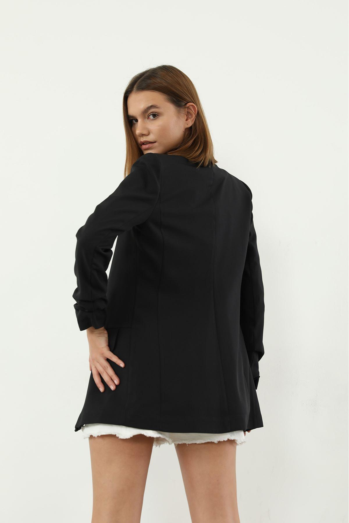 Kolu Büzgülü Ceket-Siyah